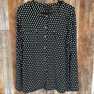 Dana Buchman Black & White Button Down Blouse. L.